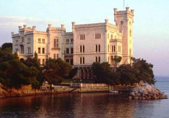 Castello Miramare Ph.Ansa