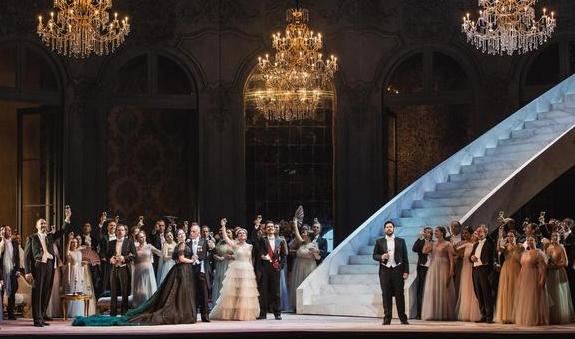 La TraviataFotoAnsa2