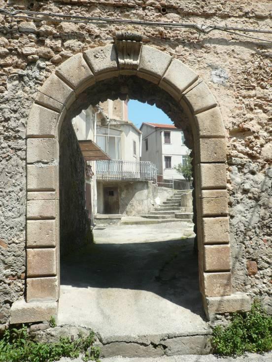 Jonadi centro storico
