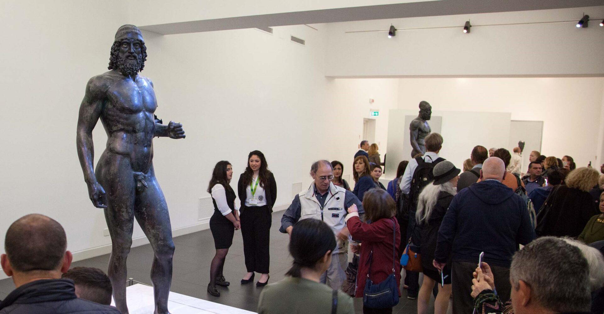 bronzo museo visitatori
